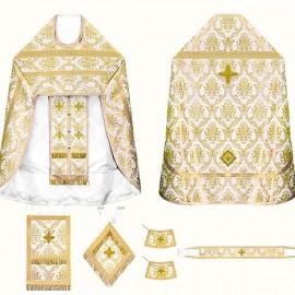 Vêtements sacerdotaux pour les prêtres (blancs dorés)